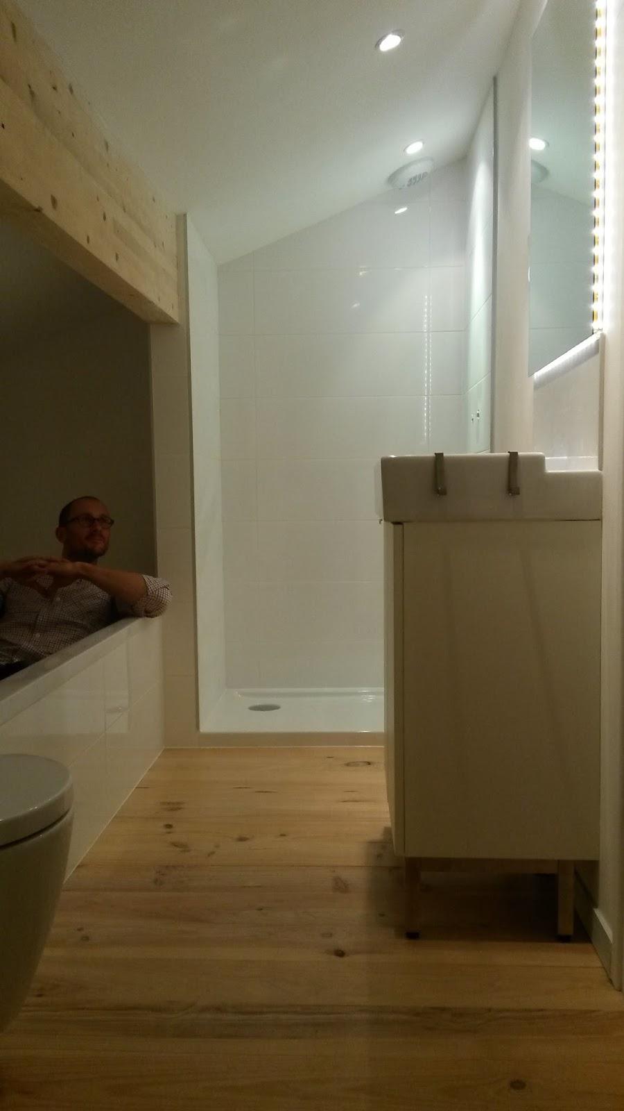 Combles d 39 une choppe bordelaise une salle de bains et 2 for Personnaliser sa chambre