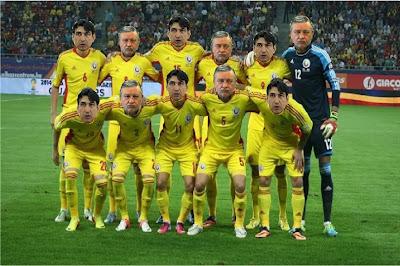 Sandu și Piți - echipa națională de fotbal