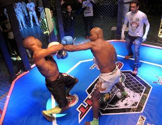 O 8º Serra Combat de MMA e K1 contou com 13 lutas em seis categorias