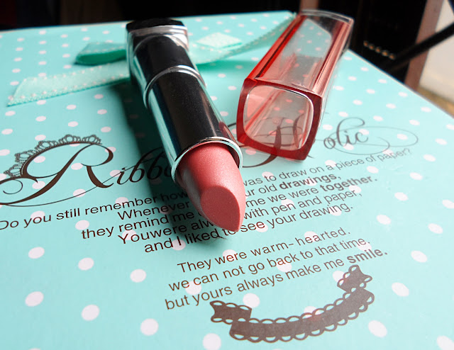 maybelline lipstick review