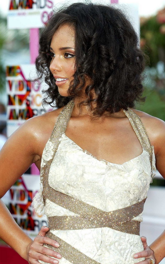 WEDDING COLLECTIONS: Wedding Hairstyles for Black Women