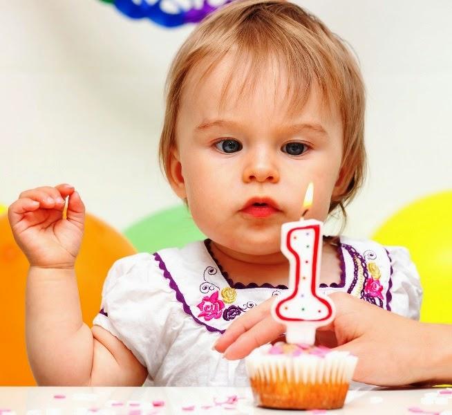 gambar anak ulang tahun pertama