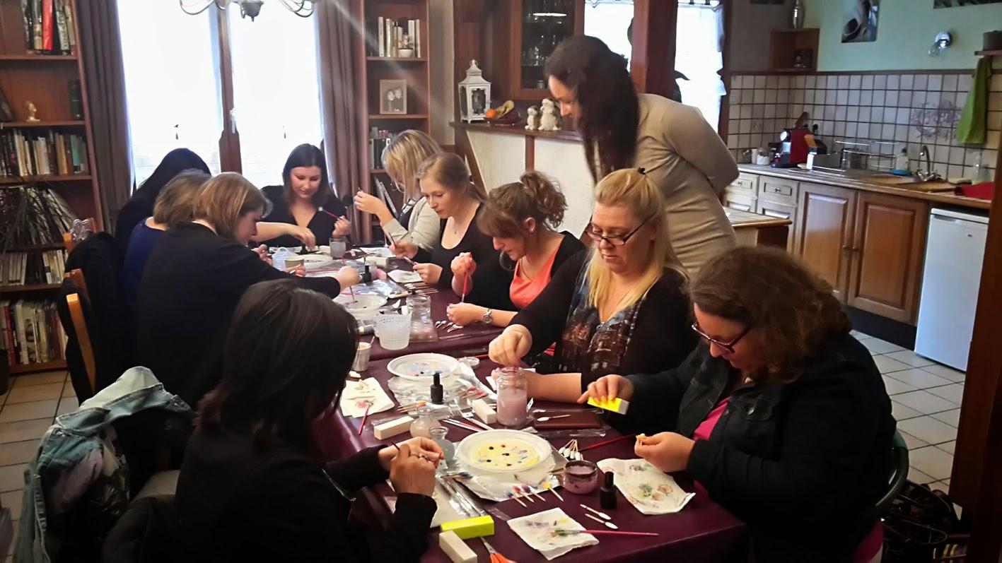 Atelier nail art one stroke par Tartofraises