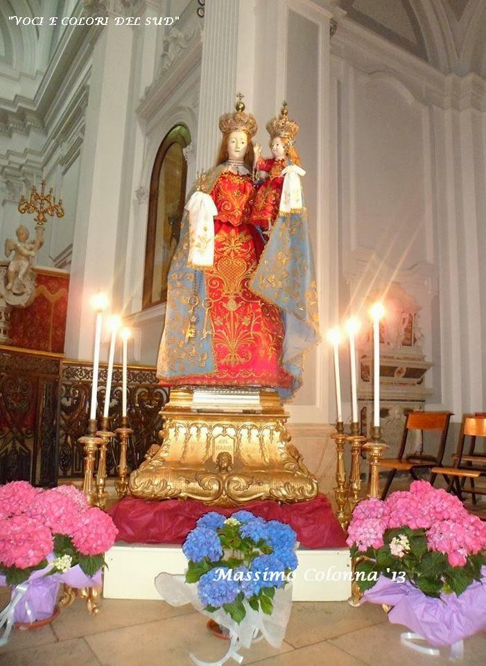 Voci e colori del sud il culto della madonna del rosario for Colori del rivestimento della baracca
