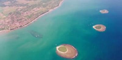Objek Wisata Pantai Gandoriah Pariaman Sumatera Barat (Sumbar)