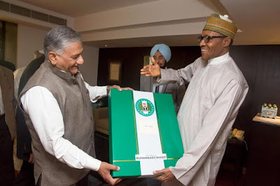 Pic 2 Buhari meets up with old Indian coursemates of 1973