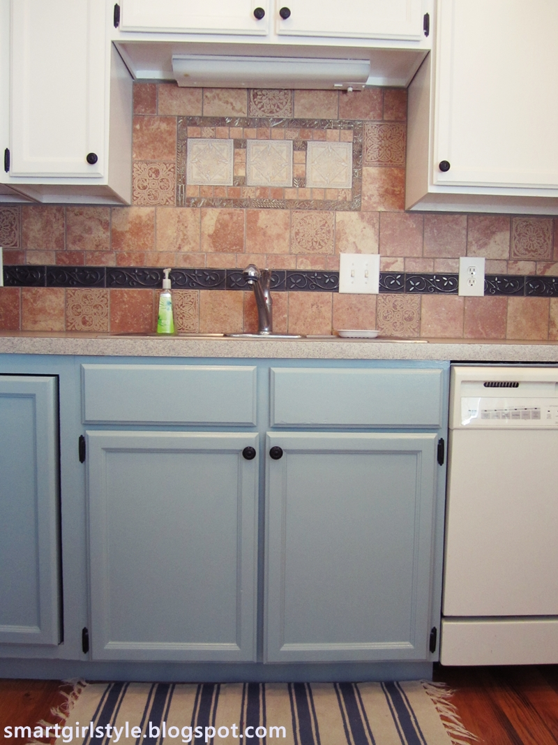 Smartgirlstyle bluey greeny grey kitchen cabinets lowers for Blue and white kitchen cabinets