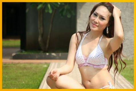 Model Bergaya Hot