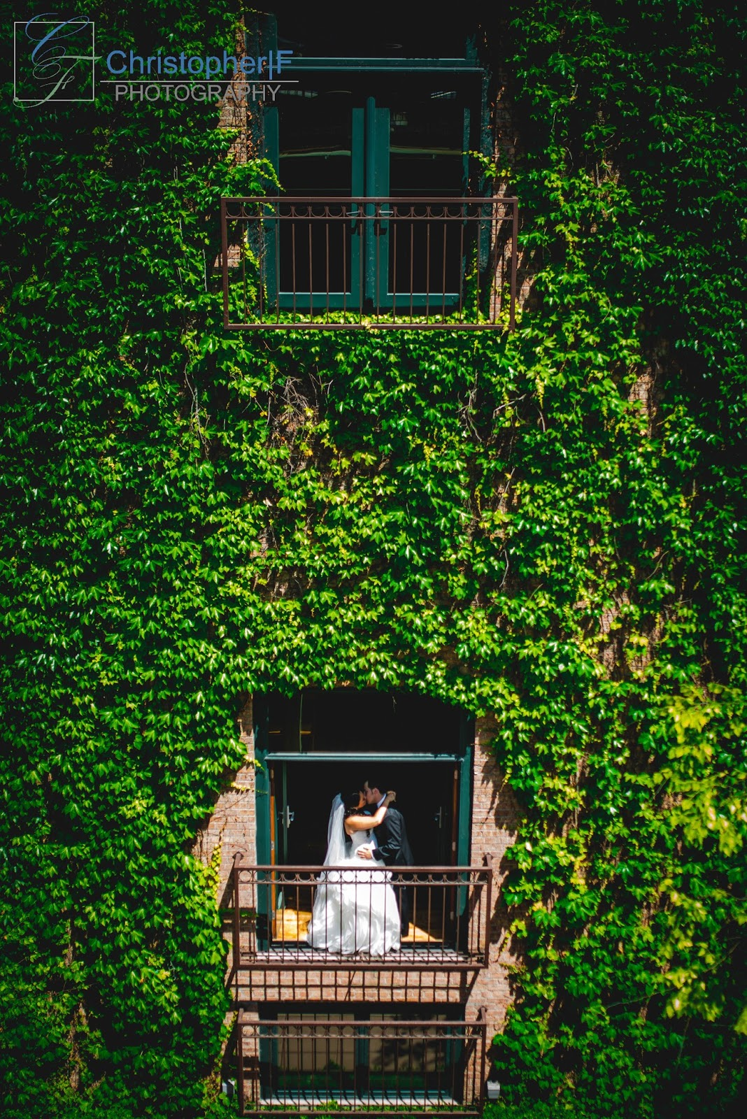 Chicago Wedding Ivy Room Portrait
