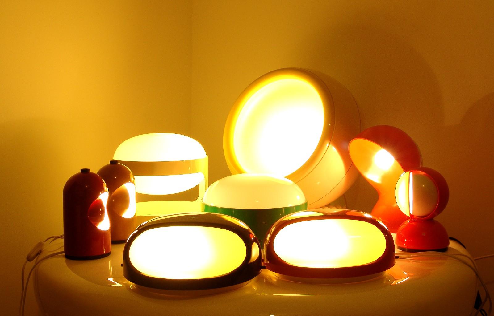 modern interior design design by kartell - clockwise from left red  yellow lightolier interplay  lamp (usa) in white kartell kd (kd) lamp design by joe colombo in