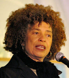ANGELA DAVIS - IN CHICAGO