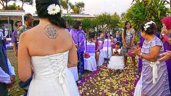 Los anillos de la boda en Bali