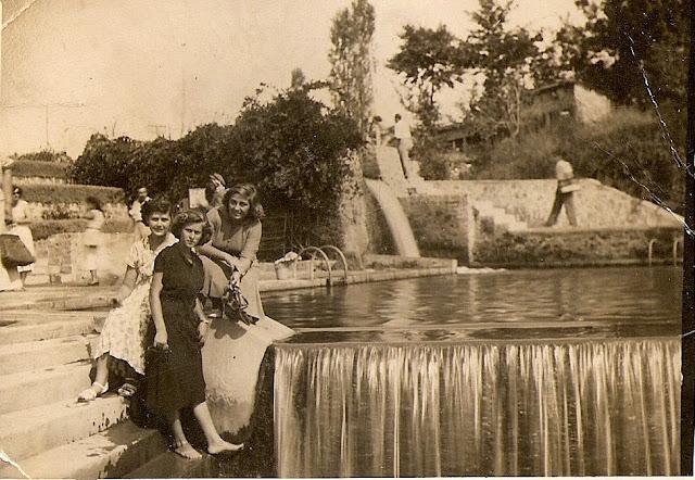 Αναμνηστική φωτογραφία στην πισίνα των καταρρακτών