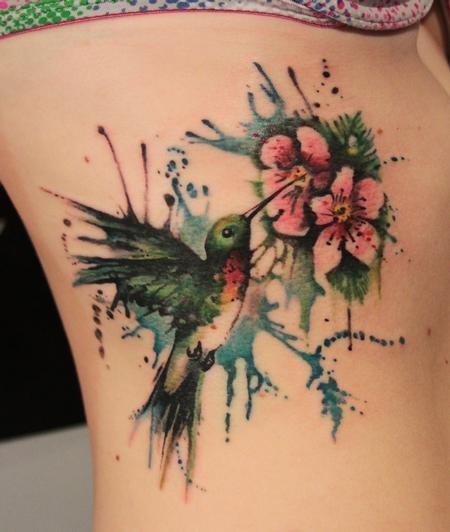 Tatuagem Feminina Beija - Flor