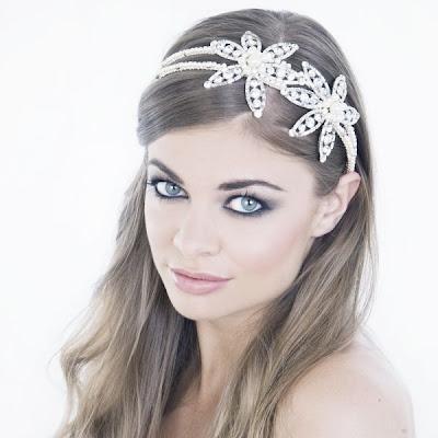 Tiaras y diademas accesorios de novia 2012 for Modelos de diademas