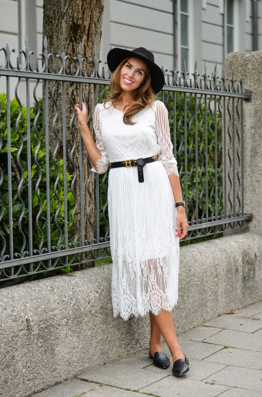 white lace dress black fedora summer casual outfit munich
