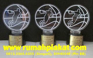 Pesan Piala Surabaya, Pembuatan Trophy surabaya, Daftar Harga Piala Surabaya, 0812.3365.6355