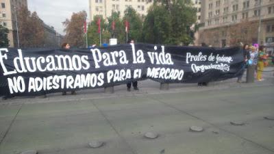 """LIENZO DEL LICEO 80:""""EDUCAMOS PARA LA VIDA"""