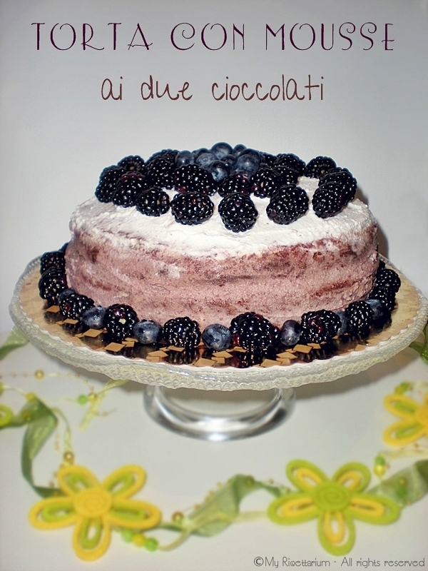 Torta con mousse ai due cioccolati
