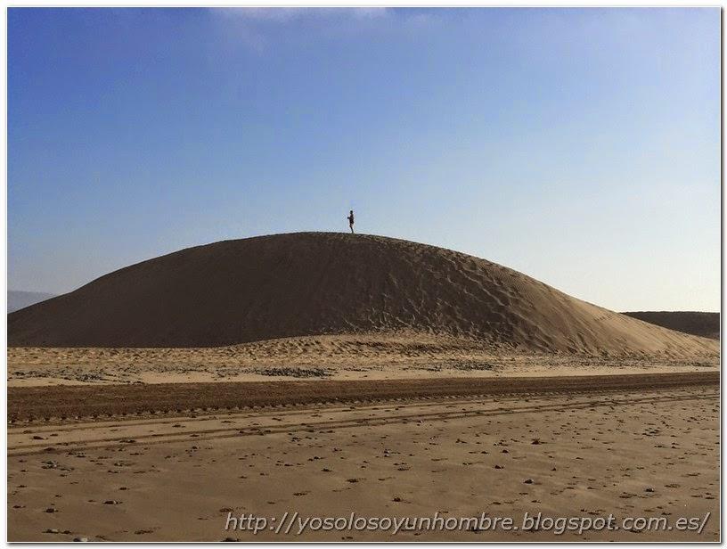 Subido a la duna de Maspalomas