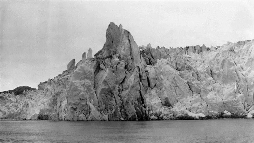 Muir Inlet (1895) - Photos of Alaska Then And Now. This is A Get Ready to Be Shocked When You See What it Looks Like Now.