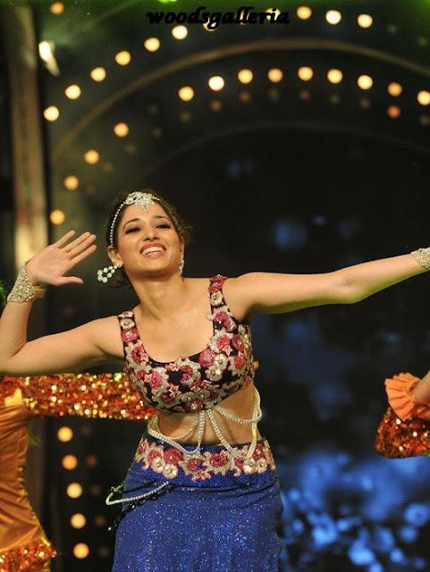 Tamanna dance performance