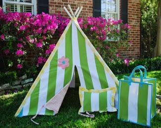 http://www.myurbanchild.com/HelenPlayTent-sku/5107/Lucy-&-Michael-Play-Tent---Helen.html
