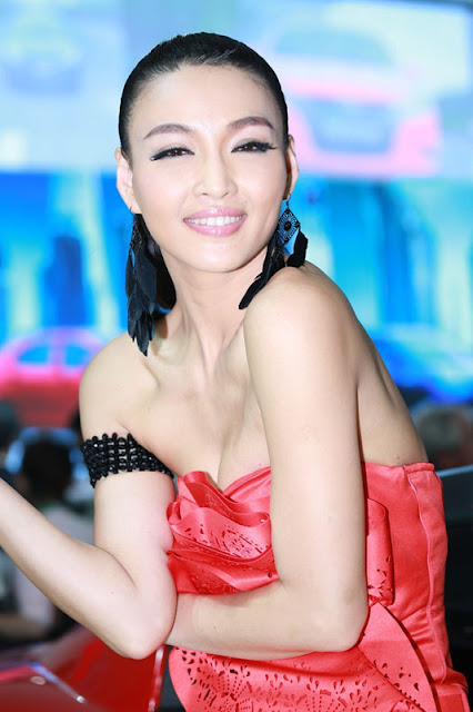 foto model cantik Auto show China 2012-4.jpg