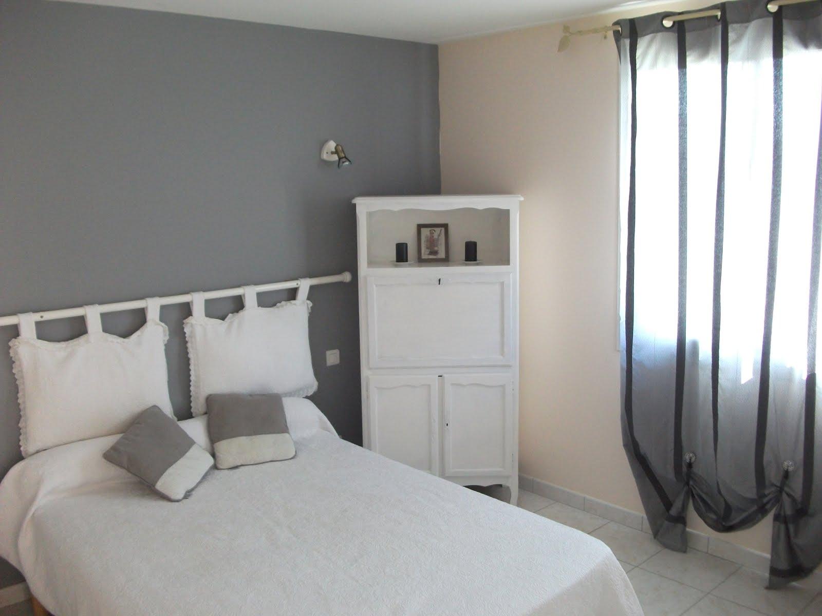 Villa romarin - Chambre adultes 1