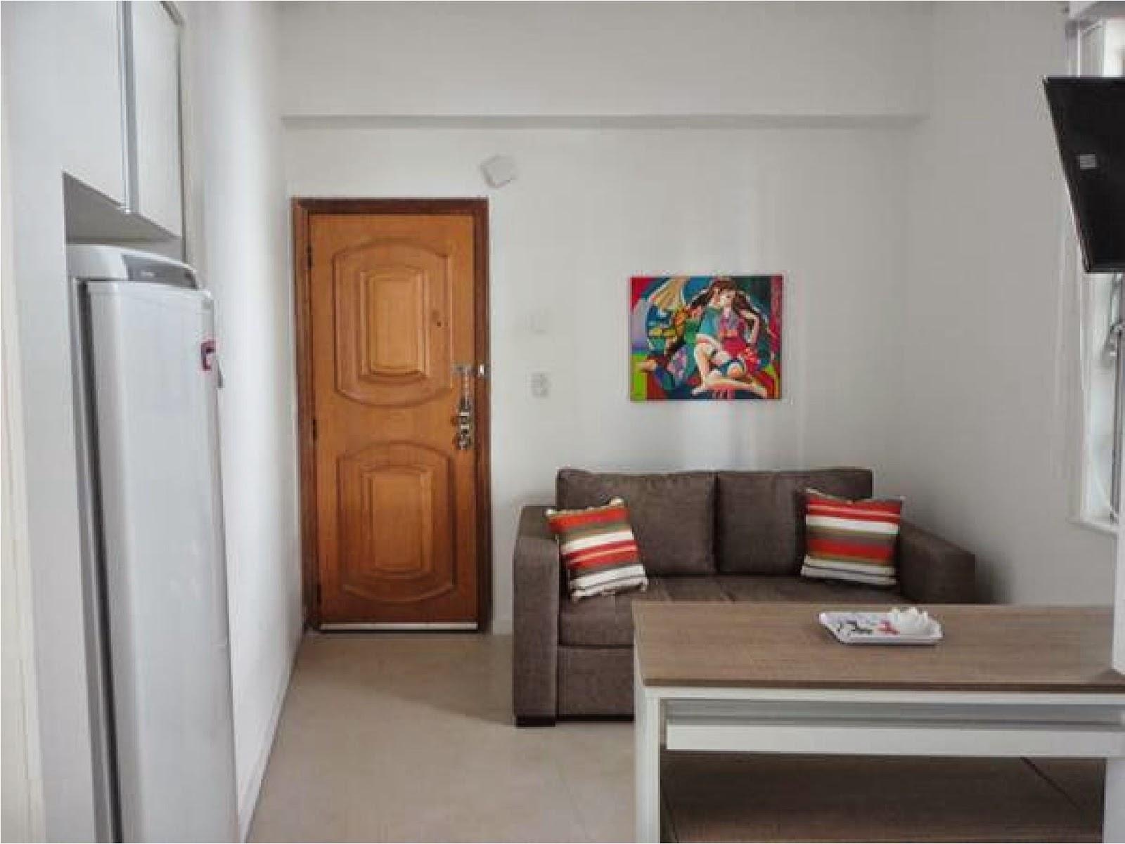 ARQUITETA MARIA HELENA TORRES: REFORMA DE LOFT EM COPACABANA SALA E  #91603A 1600x1201 Banheiro Acoplado Closet