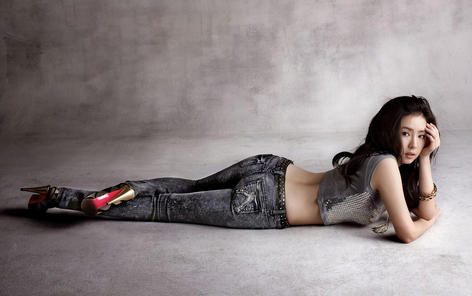 Shin Se Kyung Buckaroo Jeans Wallpaper HD + Pics | Beautiful Song