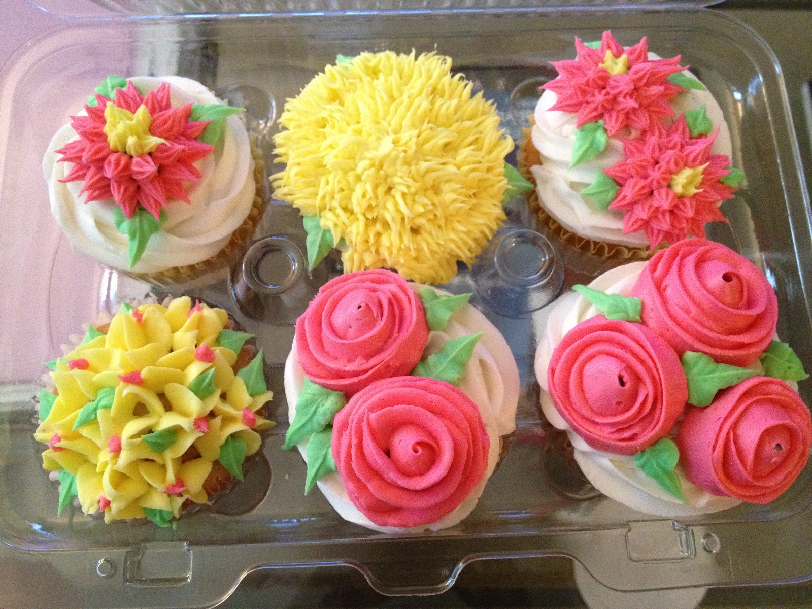 Little Ms. Piggys: Class: Cake Decorating Basics (Class #3)