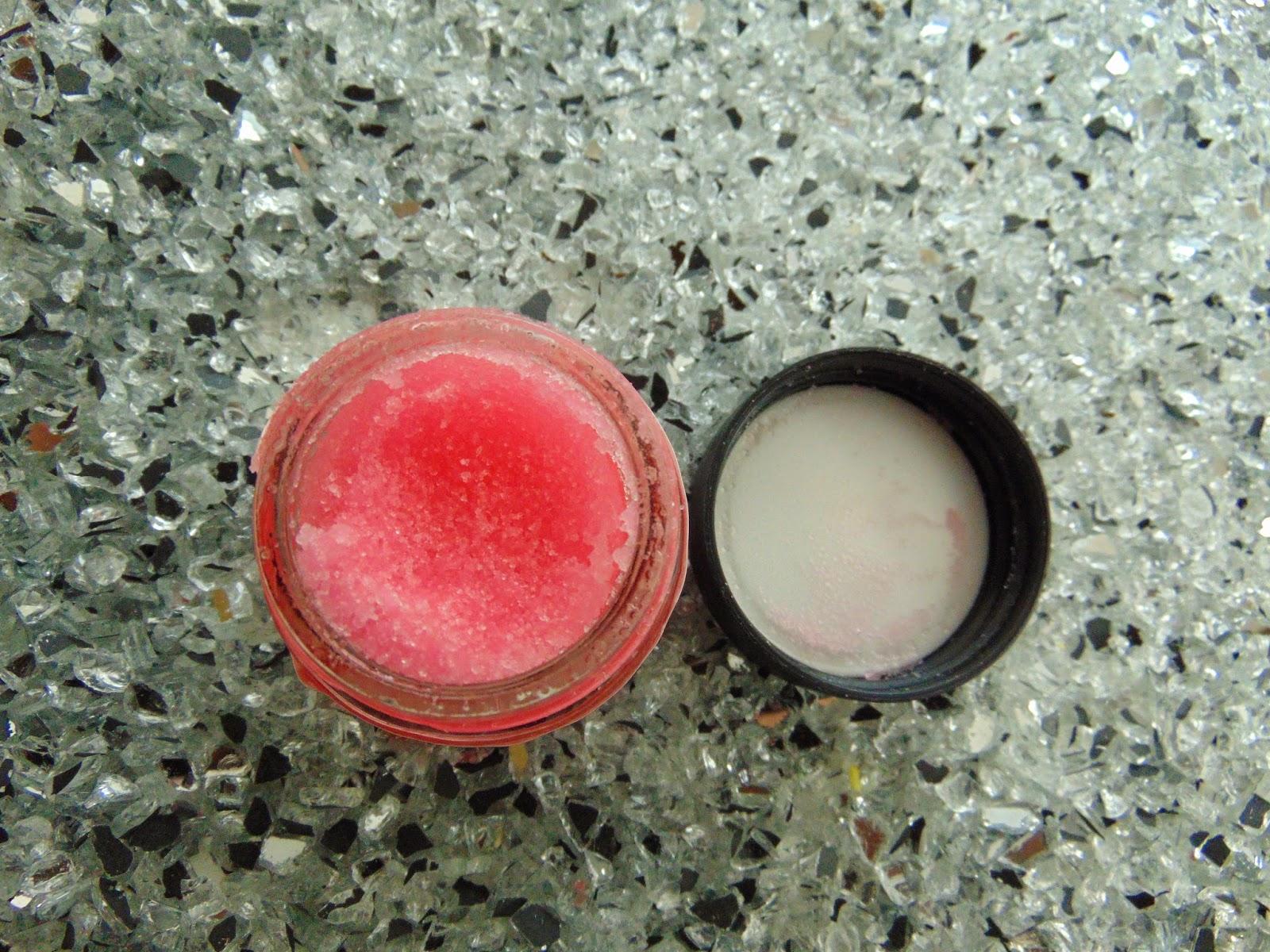 Lush - Bubblegum Lip Scrub - www.annitschkasblog.de