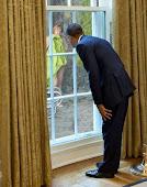 Η Μέρκελ, ο Ομπάμα, οι πόρνες και ο εγγονός του Αδόλφου ...