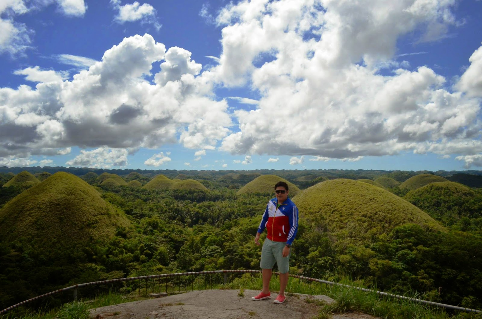 The 1,776 Chocolate Hills of Bohol - The Backpack Man