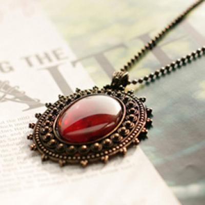 Amber necklace vintage