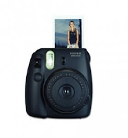 Shopclues : Buy Fujifilm Instax Mini 8 0.6 MP Instant Camera at Rs.3,690 only – Buytoearn