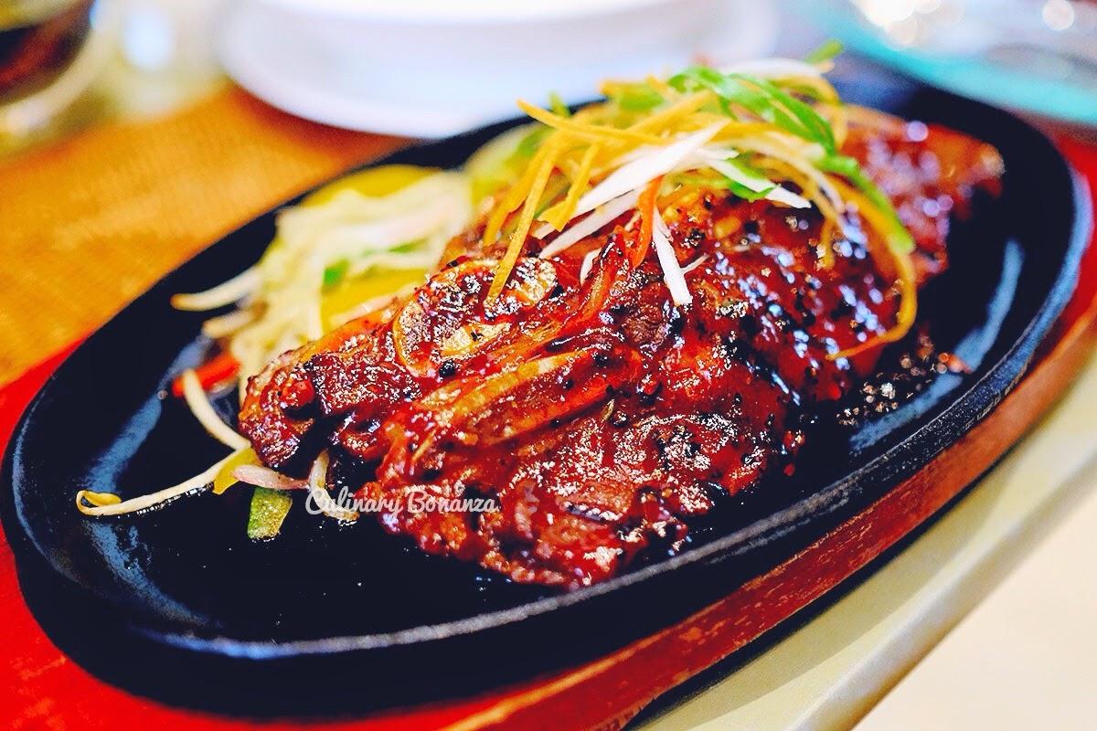 Iga Panggang Madu at Jakarta Restaurant, The Dharmawangsa (www.culinarybonanza.com)