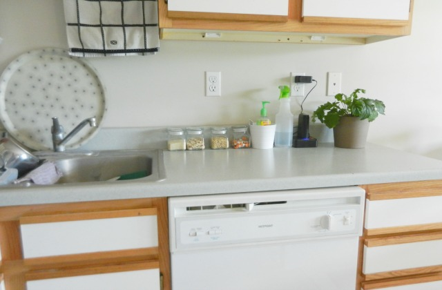 simple kitchen counter