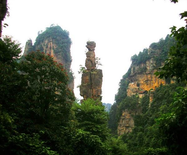 La monta a tianmenshan en china la puerta del cielo for Puerta al cielo china