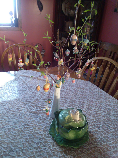 DIY Easter Tree Centerpiece