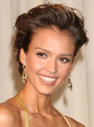 jessica alba hairstyles curly