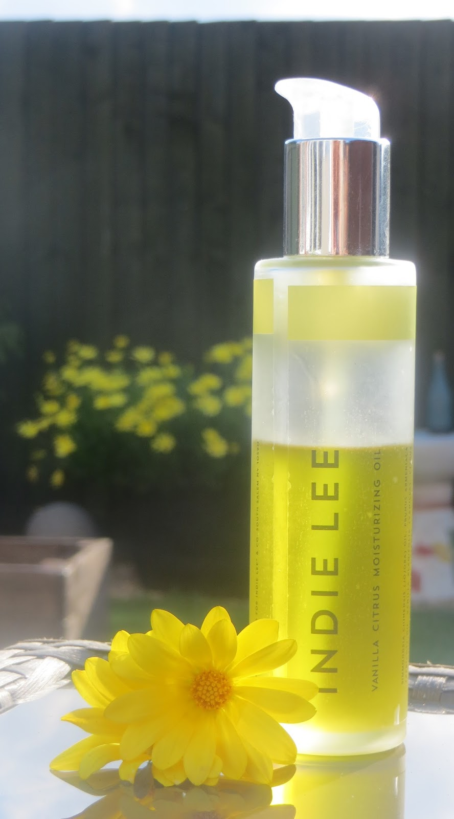 Indie Lee Vanilla Citrus Moisturising Body Oil