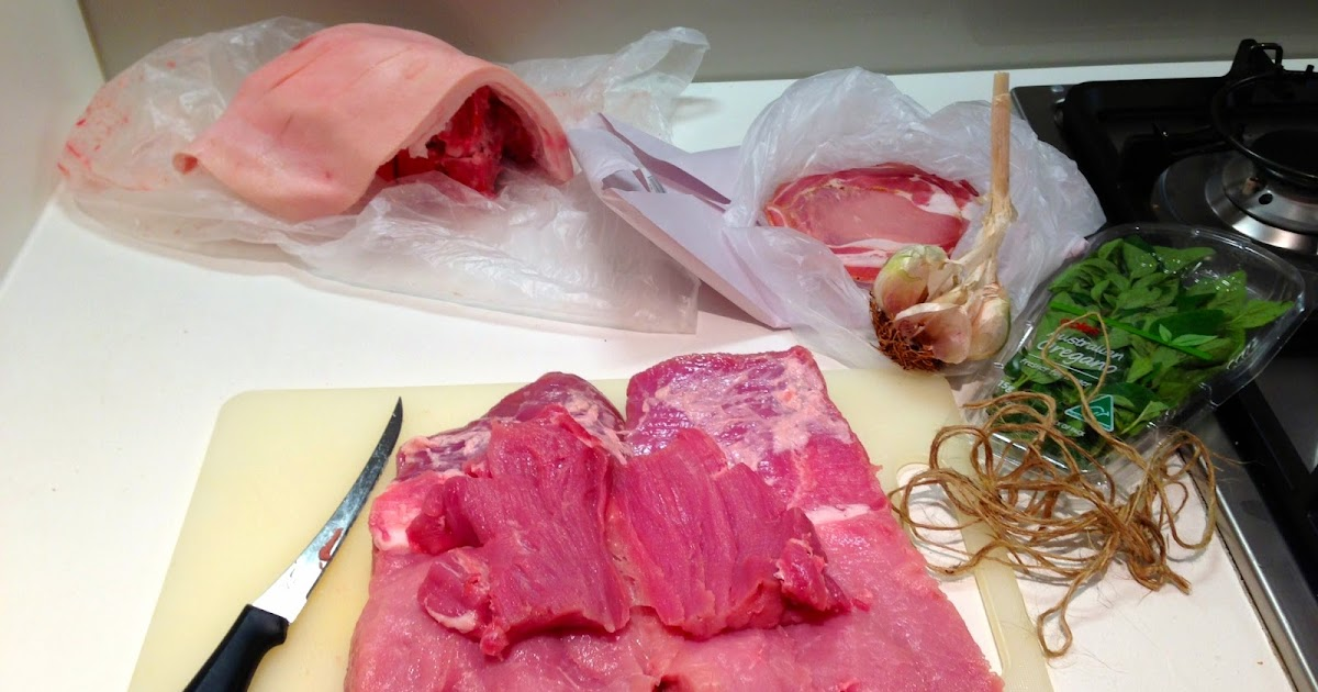 how to cook pulled pork rolled leg with crackling
