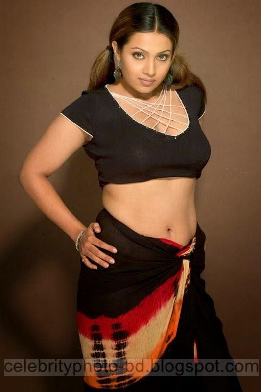 South%2BIndian%2BActress%2BLow%2BHip%2BSaree%2BPhotos Actress%2BWear%2BSaree%2BUnder%2BNavel%2BPhotos003