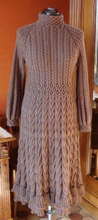 Braunes  Strickkleid