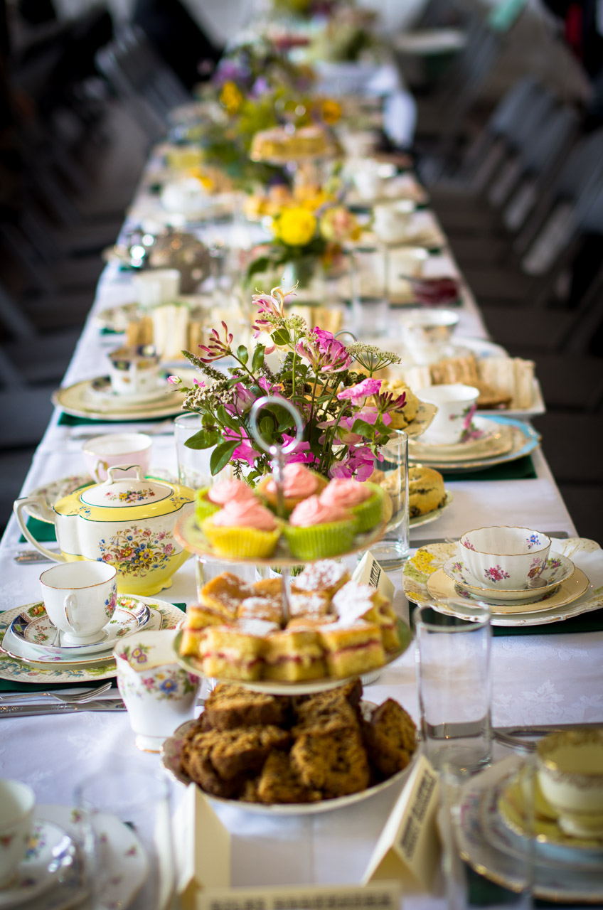 Cake Decorating Beeston : Itsy Bitsy Vintage - Vintage china hire and styling ...