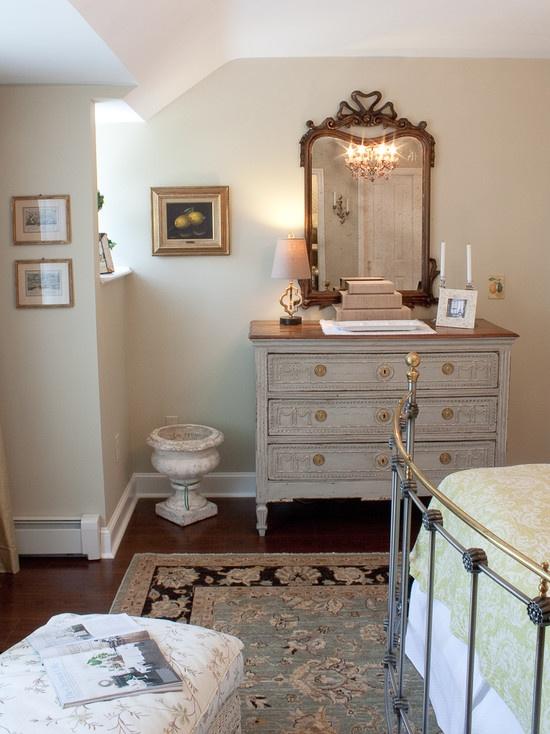 Decorating Rustic Traditional Furniture