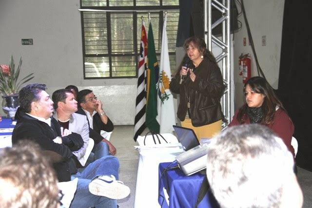 Técnicos da Ilha apresentaram ações do  Centro de  Controle de Zoonoses aos prefeitos do Codivar