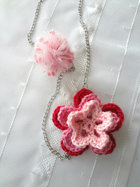 Little Treasures Pom Pom And Crochet Flower Necklace Free Pattern
